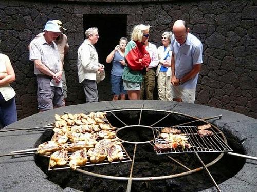 ресторан El Diablo на канарских островах 1 (500x374, 119Kb)