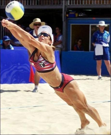 пляжный волейбол 30 (461x560, 33Kb)
