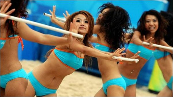 пляжный волейбол 32 (600x338, 33Kb)