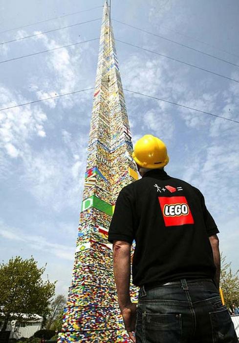 Прикольная реклама конструкторов Lego 13 (489x700, 343Kb)