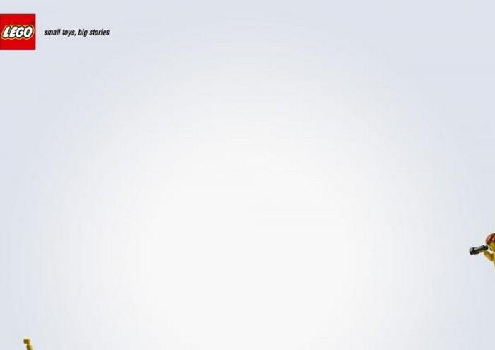 Прикольная реклама конструкторов Lego 19 (700x495, 14Kb)