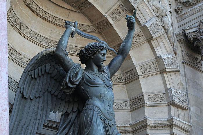 фонтан архангела михаила париж 2 (700x466, 95Kb)