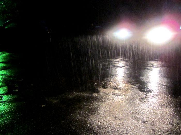 дождь 1 (700x525, 109Kb)