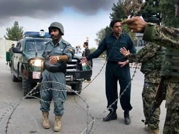 Афган - расстрел амер.вояк (352x264, 35Kb)