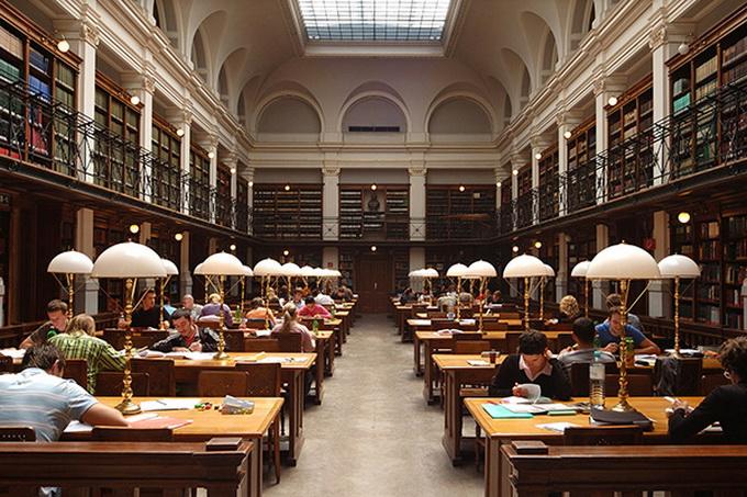 красивейшие библиотеки европы фото 6 (680x453, 190Kb)