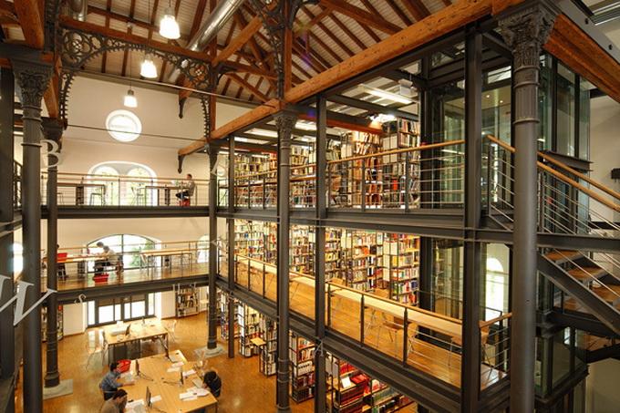 красивейшие библиотеки европы фото 10 (680x453, 197Kb)