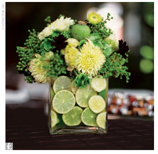 green-flowers-lime-slice-centerpiece (319x312, 37Kb)