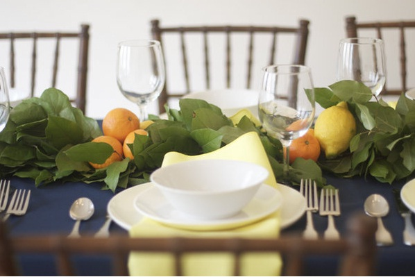 lemon-leaf-centerpiece-long-table (598x399, 63Kb)