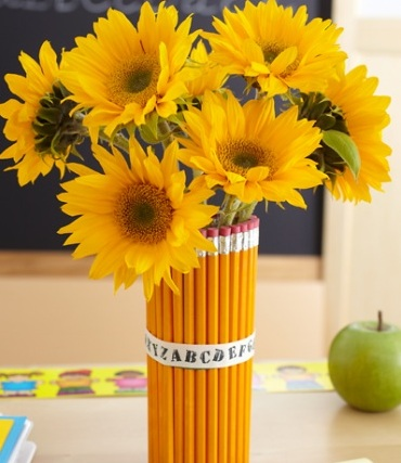 sunflower-pencil-vase-centerpiece (370x427, 54Kb)