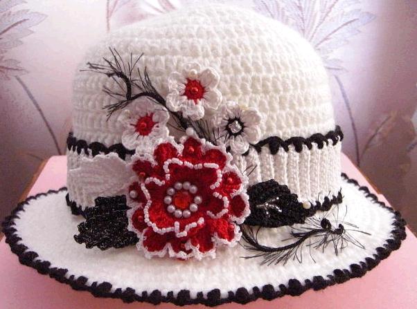 Шляпка вязаная крючком с цветком -украшением/4683827_20120816_100916 (602x447, 250Kb)