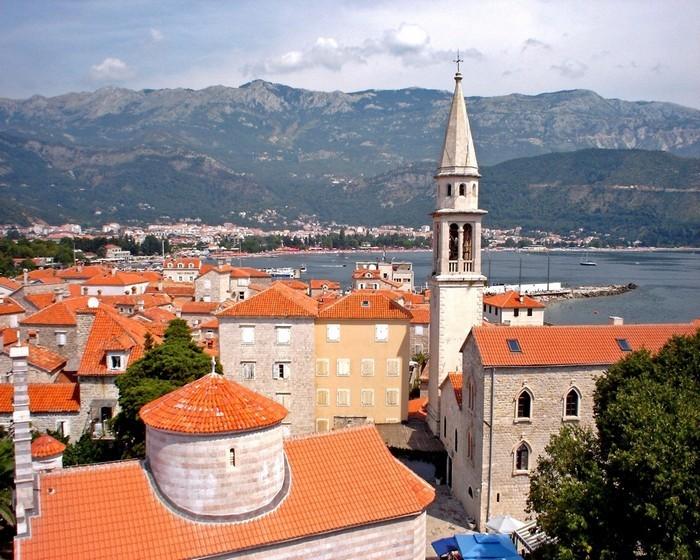 Впечатляющие достопримечательности Черногории - Будва (700x560, 142Kb)