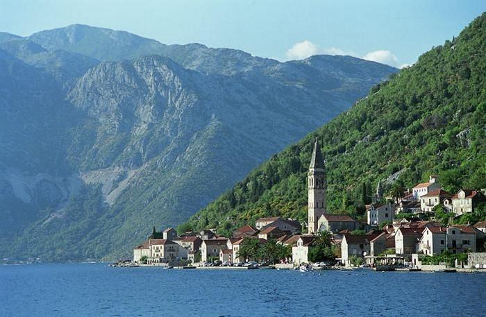 Впечатляющие достопримечательности Черногории 1 (700x457, 99Kb)