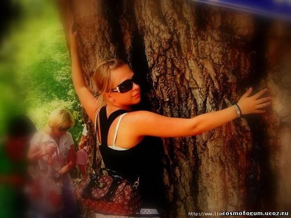 pica4u.ru_1201978288frame_it_like_a_tree_by_x_horizon (600x450, 40Kb)