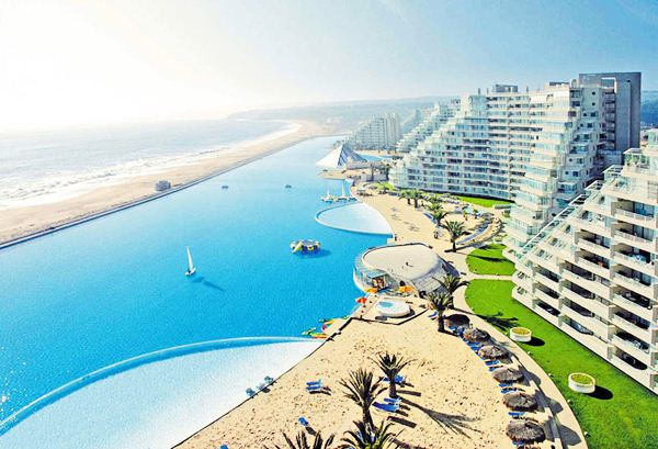 The Largest Swimming Pool in the World3 (600x409, 57Kb)
