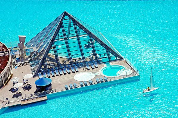 The Largest Swimming Pool in the World11 (600x399, 76Kb)