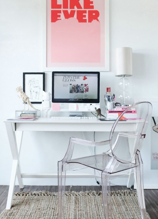 modern-white-pink-home-office-space-desk-ghost-plaxi-glass-chair (504x700, 195Kb)