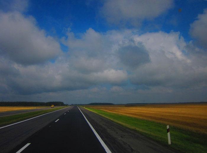 Белорусские дороги 01 (700x518, 70Kb)