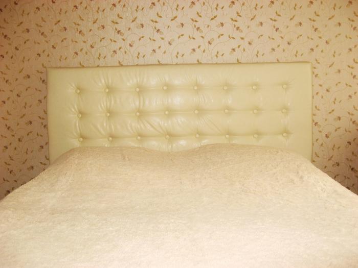 Кровати с мягким изголовьем своими руками фото