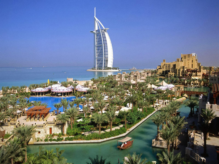 Burj_Al_Arab_Hotel_-_Dubai_United_Arab_Emirates (700x525, 173Kb)