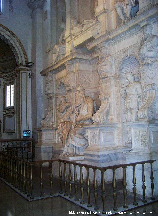 100_4665 Сан-Пьетро-ин-Винколи. Моисей Микеланджело (511x700, 196Kb)