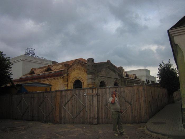 42 Слоним театр 2 (700x525, 81Kb)