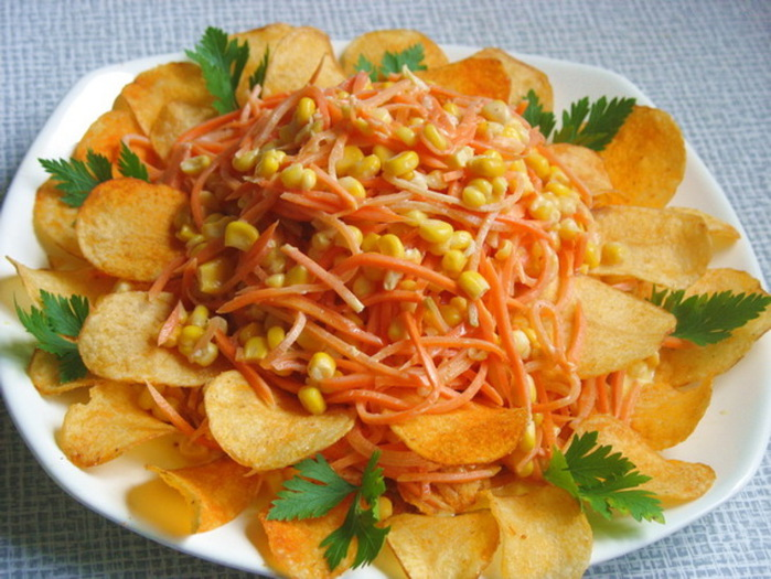 1329414794_37574569-salat-margaritka-s-chipsami-904492 (700x525, 137Kb)