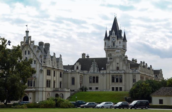 Замок Графенегг - романтичная драгоценность. 60322