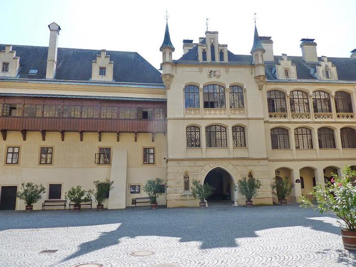 Замок Графенегг - романтичная драгоценность. 30638