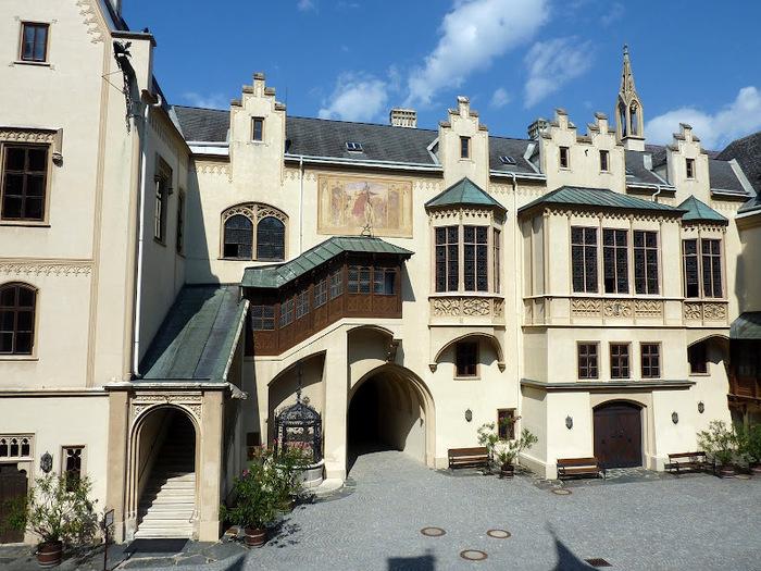 Замок Графенегг - романтичная драгоценность. 15876