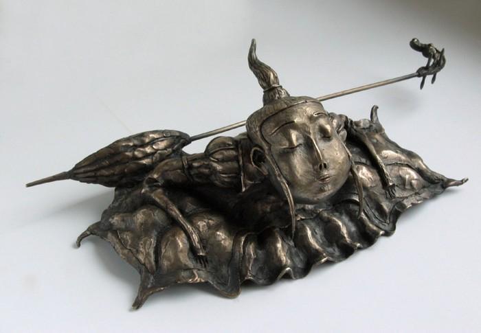 79267996_Lituye_skulpturuy_ot_Dashi_Namdakova_55 (700x485, 66Kb)