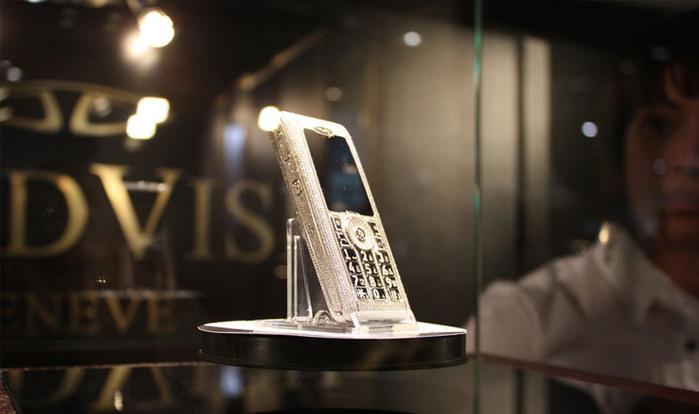 элитные телефоны GoldVish (700x414, 59Kb)