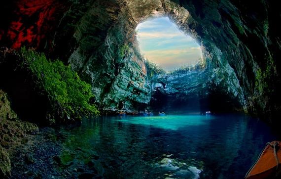 пещера (570x362, 160Kb)