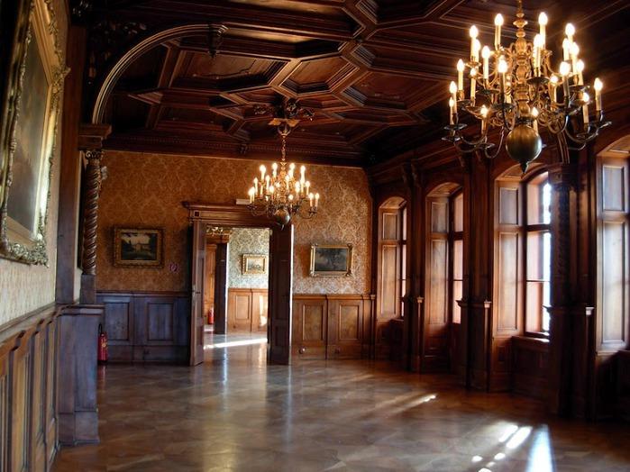 Замок Графенегг - романтичная драгоценность. 24691