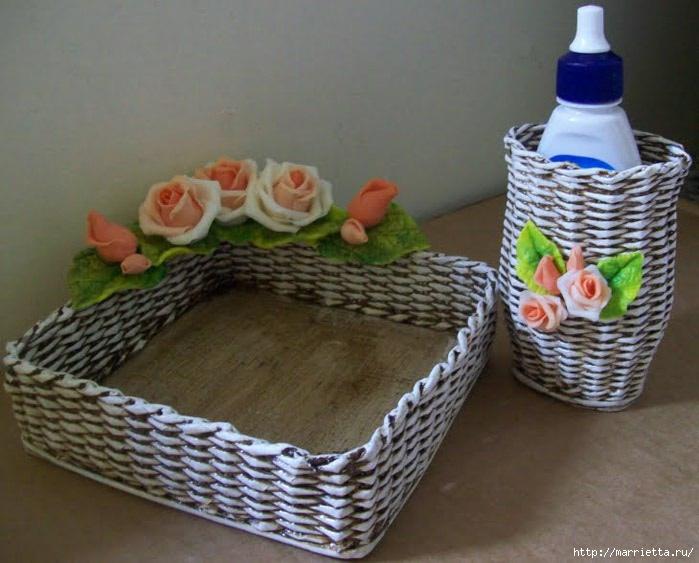 porta g-a branco com rosas laranjas (700x563, 183Kb)