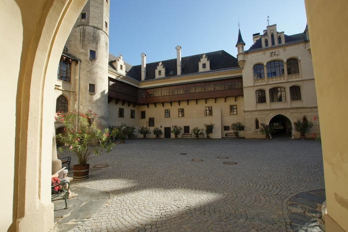 Замок Графенегг - романтичная драгоценность. 92154