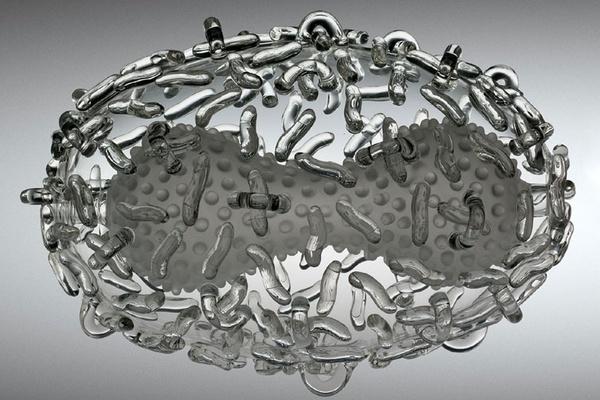 скульптуры из стекла Luke Jerram 6 (600x400, 108Kb)