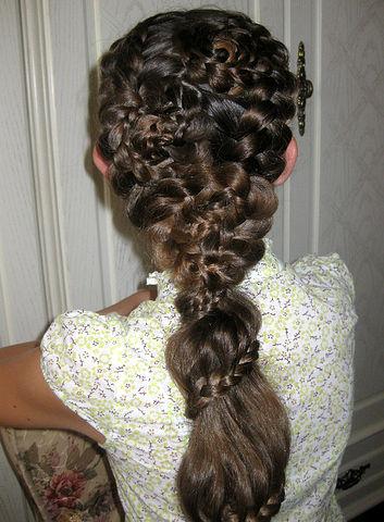 Причёски для девочек на свадьбу 9 лет