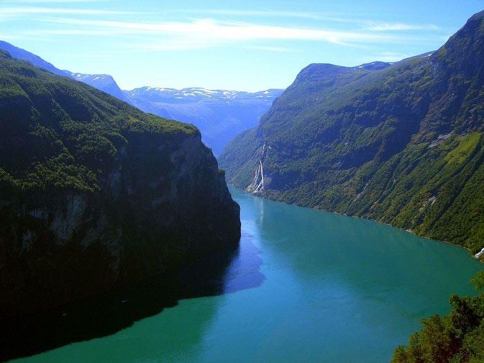Фьорды Норвегии 04 (700x525, 53Kb)