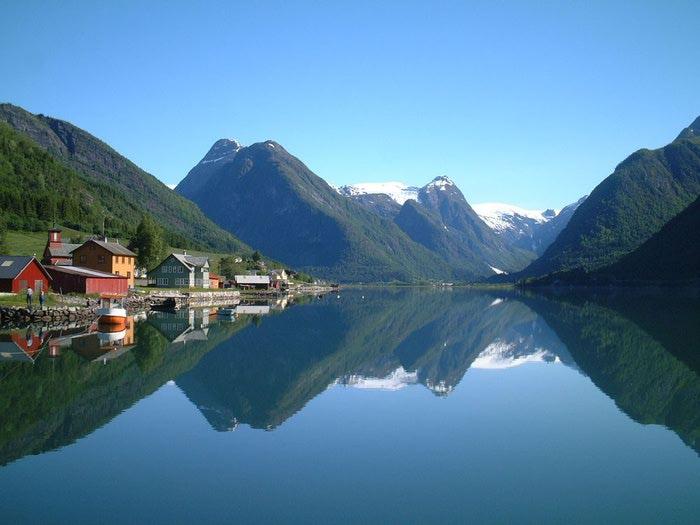 Фьорды Норвегии 06 (700x525, 47Kb)