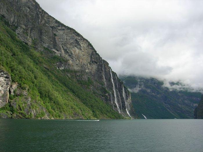 Фьорды Норвегии 15 (700x525, 65Kb)