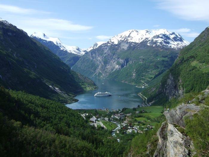 Фьорды Норвегии 21 (700x525, 71Kb)