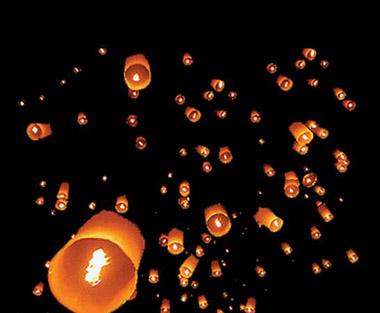 небесные фонарики (380x313, 42Kb)