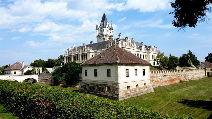 Замок Графенегг - романтичная драгоценность. 38051