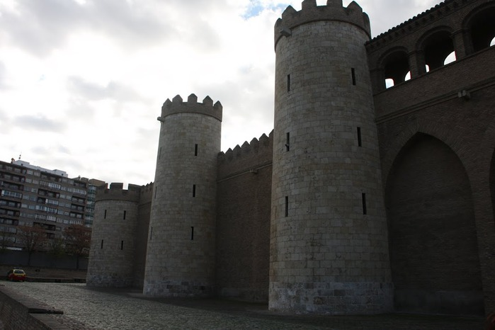 Замок Альхаферия (Castillo de Aljaferia) - жемчужинa испанского исламского наследия 60218