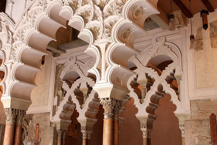 Замок Альхаферия (Castillo de Aljaferia) - жемчужинa испанского исламского наследия 66848