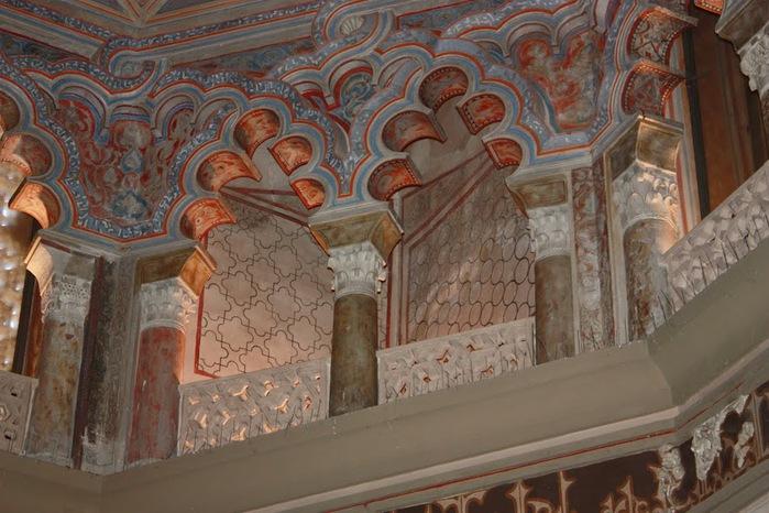 Замок Альхаферия (Castillo de Aljaferia) - жемчужинa испанского исламского наследия 29797
