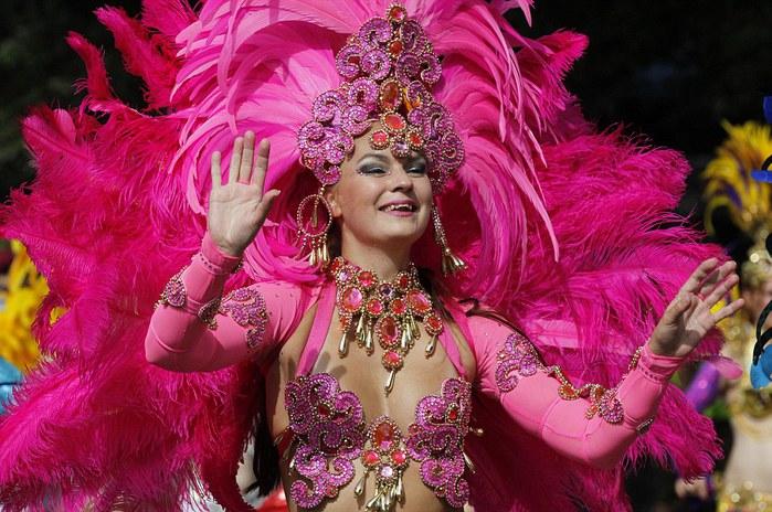 london_carnival_3 (700x464, 117Kb)