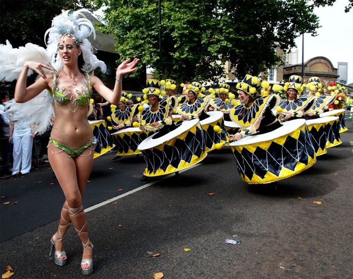 london_carnival_20 (700x551, 208Kb)