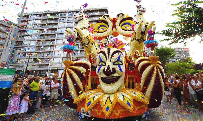 london_carnival_24 (700x417, 203Kb)