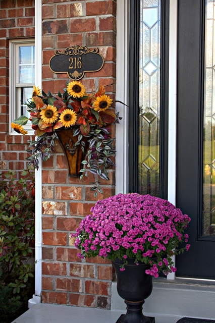 fall-front-porch-decorating-ideas-8 (426x640, 326Kb)